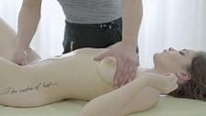 Deep tissue rubdown - video 2